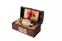 Five Year Rum Gift Chest