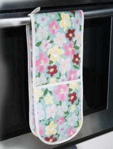 All In Blooms Double Oven Glove