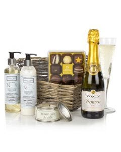 The Pamper Gift
