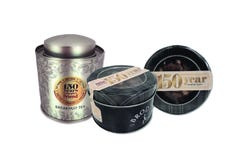 The People's Friend 150th Anniversary Tea Caddy & Dundee Cake Pack